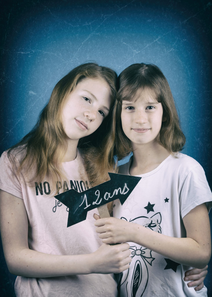 Portrait, portrait famille, photographe barlin, photo de jumelles